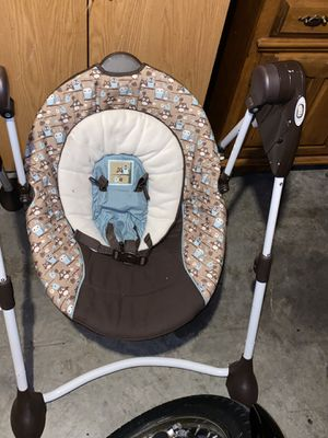 Baby swing for Sale in Puyallup, WA