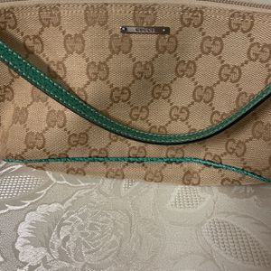 Authentic Gucci Bag for Sale in Queens, NY