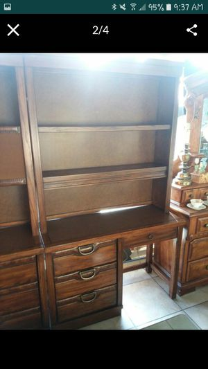 Rustic 2pc set, Dresser 30x18, Desk 44x18.. will separate $100EACH PIECE !! Both pieces are in excellent condition 😲 for Sale in Joliet, IL