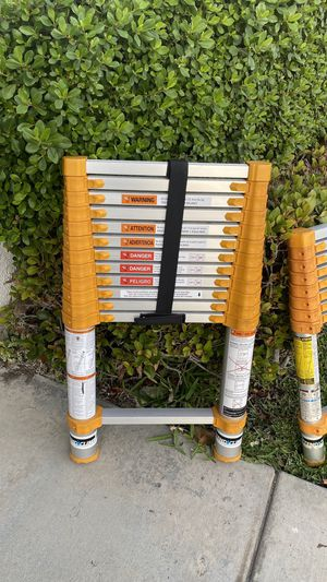 Xtend and climb ladders for Sale in Rancho Cucamonga, CA
