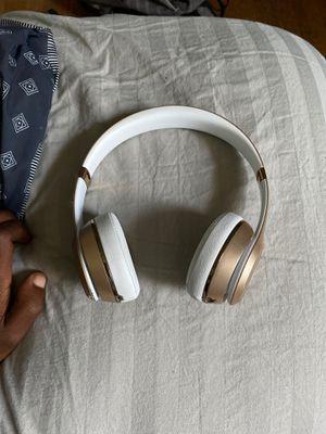 Beats Bluetooth headphones for Sale in Philadelphia, PA