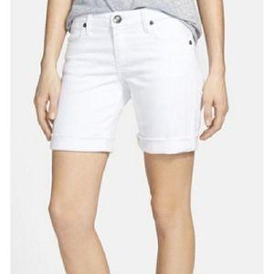 Michael Kors | White Denim Bermuda Jean Shorts- SZ 14 for Sale in Las Vegas, NV