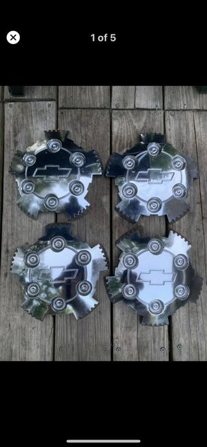 Chevy Colorado Chrome Center Caps for Sale in Fredericksburg, VA