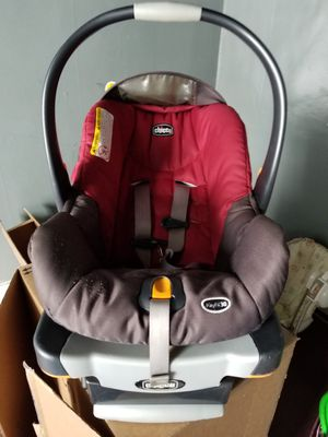 car seat with base for Sale in Smiths Grove, KY