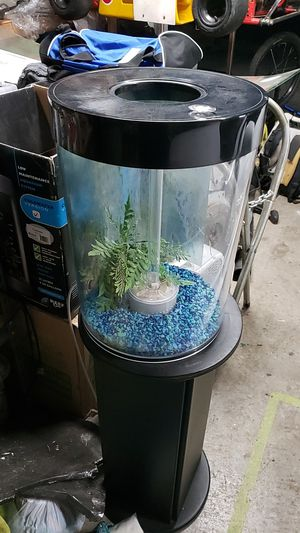 8 gallon aquarium, and all supplies for fresh water fish. for Sale in Beaverton, OR
