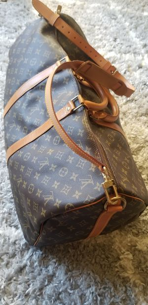 Louis Vuitton Duffle Bag for Sale in Phoenix, AZ