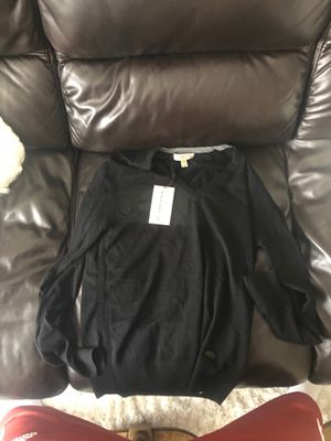 Burberry sweater M size 99$ for Sale in Chicago, IL