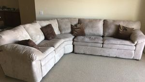 3 Piece Sectional Sleeper Couch for Sale in Palm Desert, CA