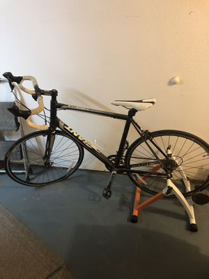 Giant Defy 5 road bike for Sale in Vancouver, WA