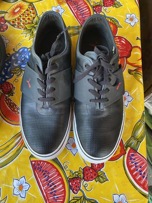MENS puma shoes size 11 in beautiful condition for Sale in San Jose, CA