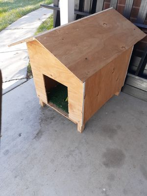Free small dog house for Sale in Salt Lake City, UT