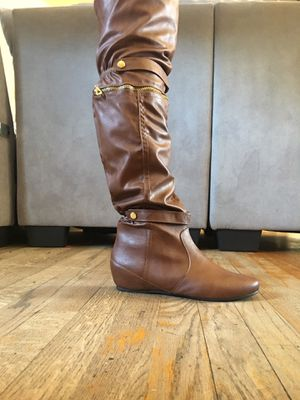 Pair of boots an high heals for Sale in Fresno, CA