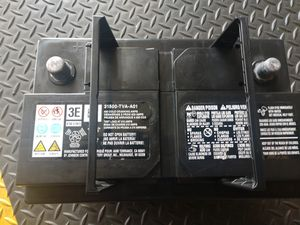 Honda Accord battery o.e.m less then 1 month use..... Like new off a 2019 accord for Sale in Gardena, CA