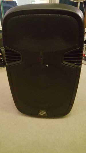 """PYLE pro PPHP1537UB 15"""" Powered Speaker USB Bluetooth for Sale in Lynnwood, WA"""