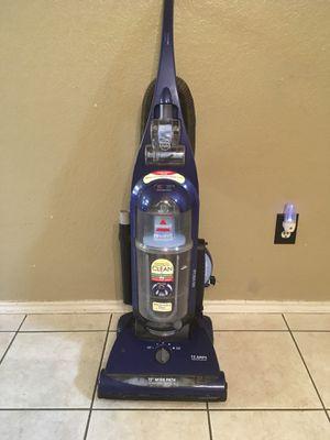 Bissell vacuum for Sale in Arlington, TX