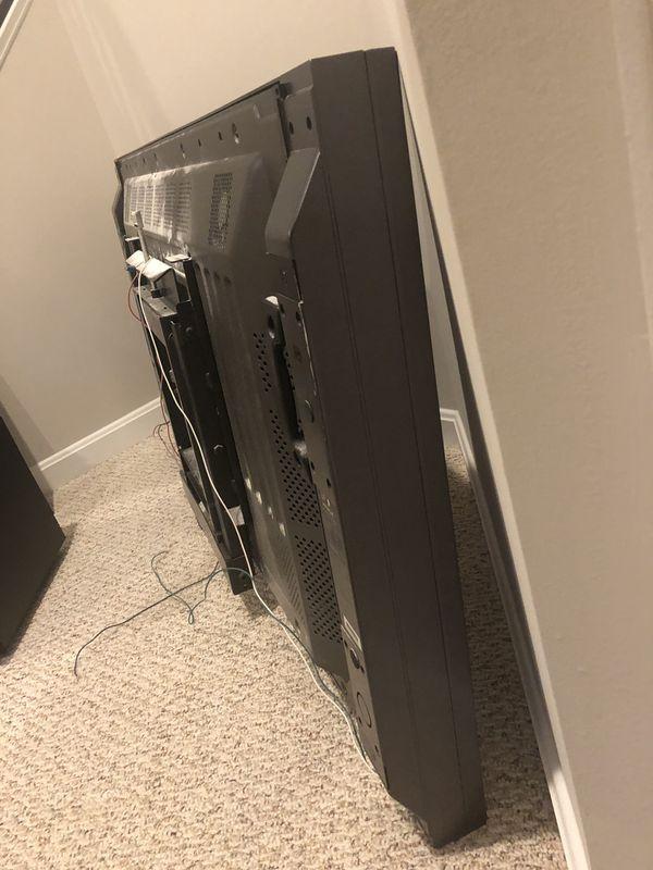 Pioneer flat screen TV