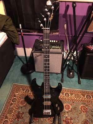 Harmony H906 Short-Scale Electric Bass for Sale in Dublin, GA