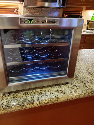 WINE REFRIGERATOR for Sale in Byron, CA