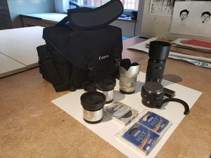 Sony qx1 mirrorless camera with e-mount lenses and bag for Sale in ARSENAL, PA