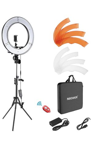 LED Ring Light, Light Stand, Carrying Bag for Sale in Moreno Valley, CA