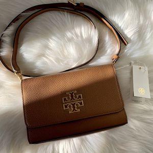 Tory Burch Crossbody Purse for Sale in East Meadow, NY