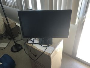 Dell E2414Ht 24' monitor with DviD2HDMI converter for Sale in Ann Arbor, MI