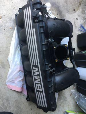BMW intake manifold n52b30 for Sale in Rancho Cucamonga, CA