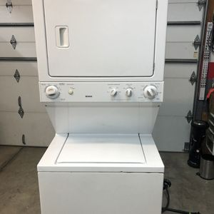 Clean Stackable Kenmore Washer Electric Dryer Combo for Sale in Rosemead, CA