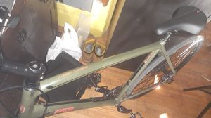 Discovery Breezer Mountain Bike for Sale in San Francisco, CA