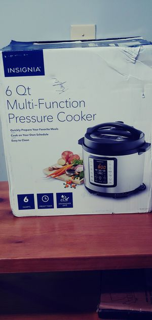 Insignia 6 Qt Muli-Function Pressure Cooker for Sale in Lexington, KY