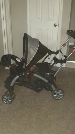 Graco double stroller for Sale in Riverdale, GA