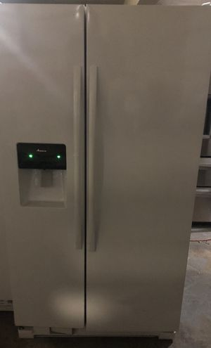 Amana refrigerator for Sale in Fort Lauderdale, FL