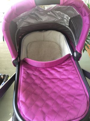 Uppababy bassinet for Sale in West Peoria, IL
