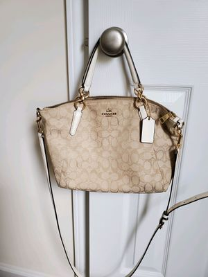 Coach Purse for Sale in West Columbia, SC
