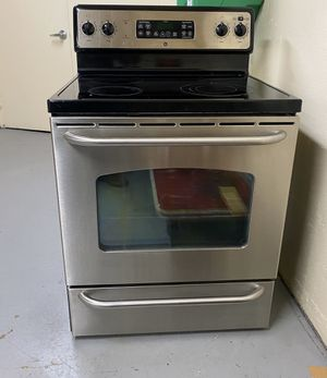 GE electric stove for Sale in Rockville, MD