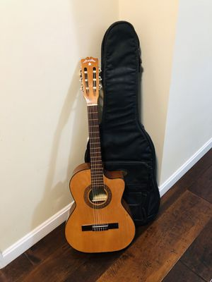 Acoustic Guitar for Sale in Marlborough, MA