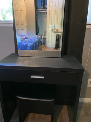 Makeup vanity and chair for Sale in Portland, OR