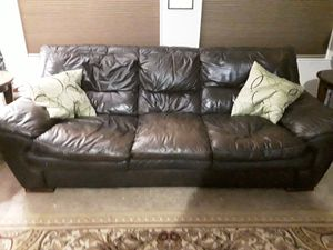 Leather couch very heavy still comfy for Sale in Magalia, CA