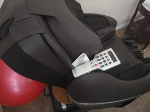 Inada Sogno Dreamwave massage chair for Sale in Grand Prairie, TX