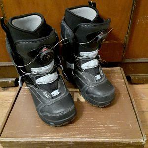 Van's Snowboard Boots Womens 7 for Sale in San Jose, CA