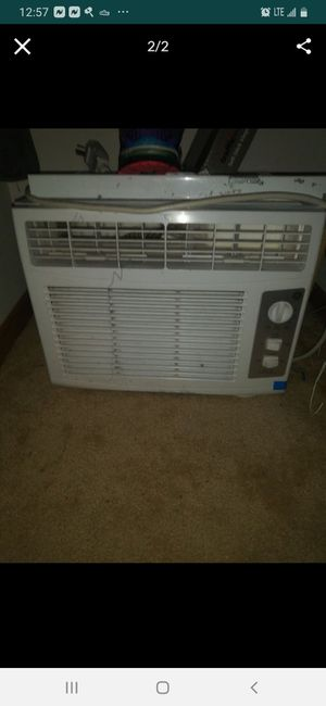 2 Window ac units for Sale in Grove City, OH