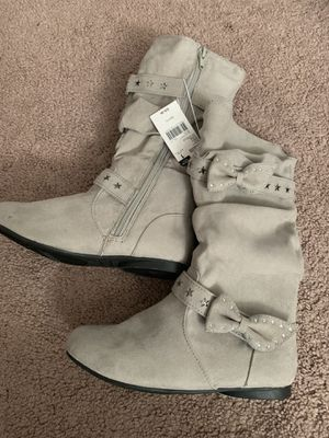 Girls boots. Sizes 13, 1, 5 for Sale in Middleburg Heights, OH