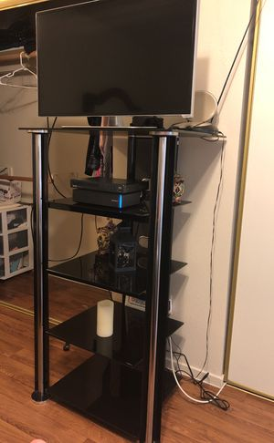 Long tv stand all glass for Sale in Las Vegas, NV