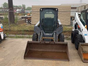2012 John Deere 318D Skid Steer for Sale in Elk Grove Village, IL