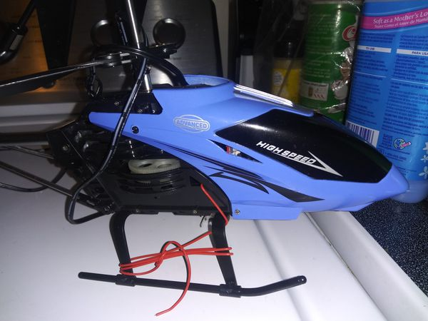 High speed remote control helicopter