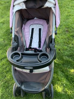 Stroller With Car Seat for Sale in Fresno,  CA