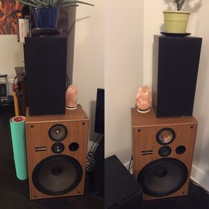Vintage Polk audio original monitor 5 bookshelf speaker and vintage pioneer CS-G404 speakers for Sale in Farmington Hills, MI