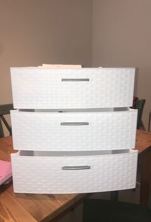 3-Drawer White Plastic Container (barely used) for Sale in Tampa, FL