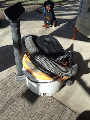Dyson and shop vacs for Sale in Fresno, CA