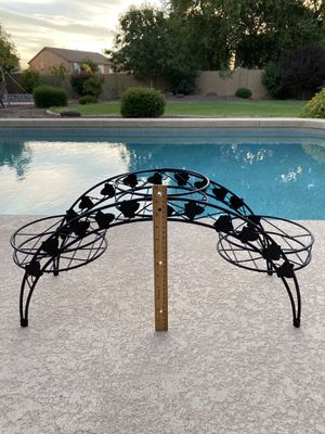 Cute black metal plant stand in good condition for 3 planters. for Sale in Waddell, AZ